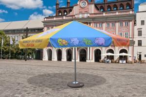 Nadruki na parasolach